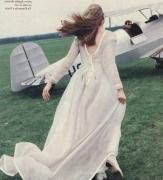 199406-mariages-robe-mariee-avion