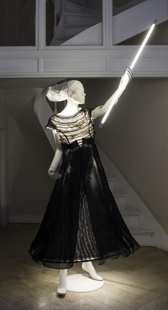 NM robe lumière